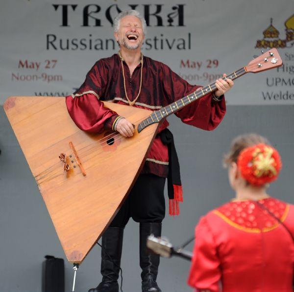 Леонид Брук, Барыня, Ири, Пенсильвания, Фестиваль «Тройка»