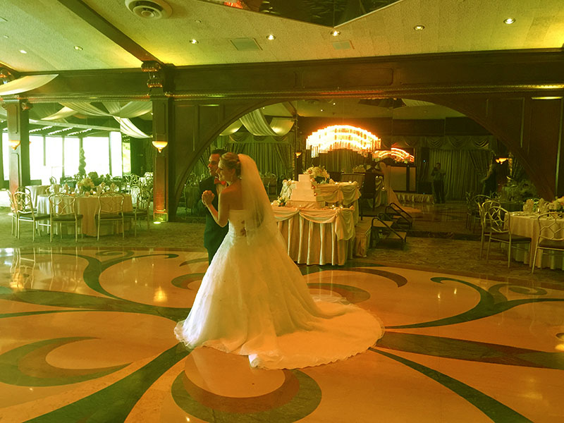 Long Island, New York, Woodbury, NY, Russian-American wedding, Russian DJ, Russian MC, Tamada, Crest Hollow Country Club